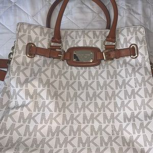 Barely used Michael Kors purse
